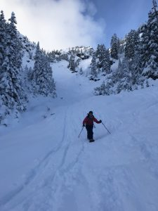 SE facing slopes in the Alpental Valley showing cloud cover and coverage