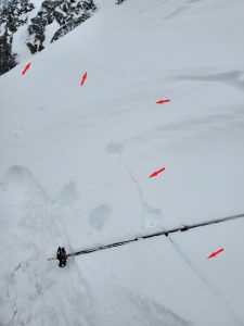 Shooting cracks in crossloaded gully - annotated