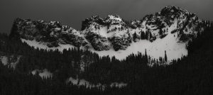 Short paths above Upper Kendall Lake. Image licensed CC-BY-NC-SA