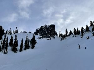 Unusual midwinter glide crack beneath cliffs in the Crystal BC