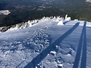 Ascent up south ridge line.