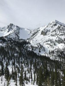 Photo running over skin track. Crystal peak