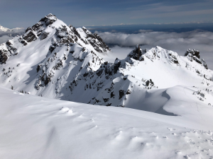 Cornices/crowns on east/northern aspects towards Mt. Washington from the Mt. Ellinor summit