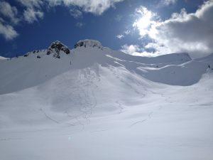 Loose dry sluffs in steep terrain on Table Mtn