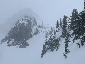 Blowing snow near the Pinnacle/Plumner saddle in the afternoon.