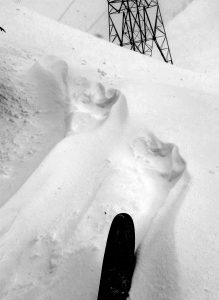 Shallow drifts up to 20cm at  Gemini Pass, SW, 5,000ft.